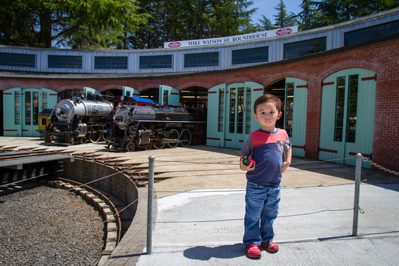 Avery at Sonoma Traintown
